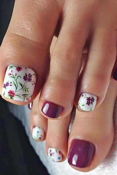 floral design for toes