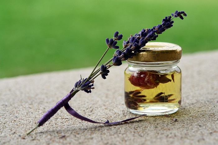 essential lavender oil jar