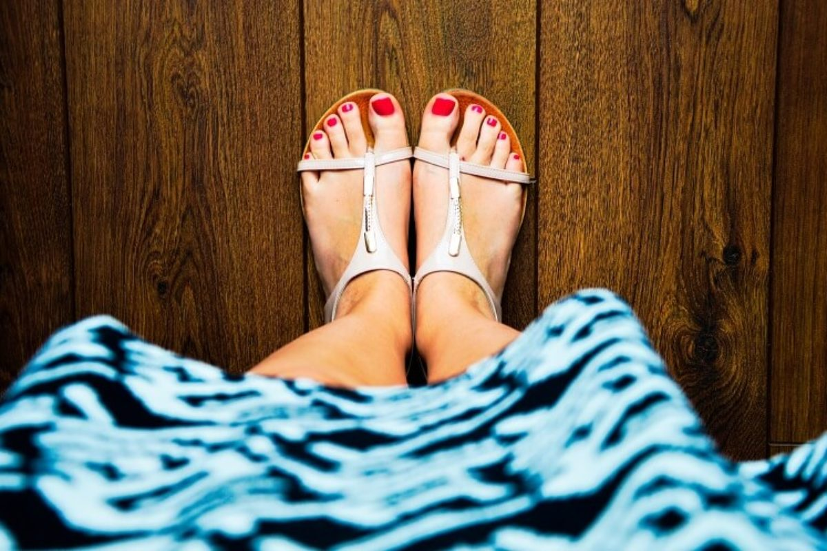 How to Get Rid of Toenail Fungus Fast and Naturally