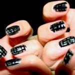 chrome nail polish manicure