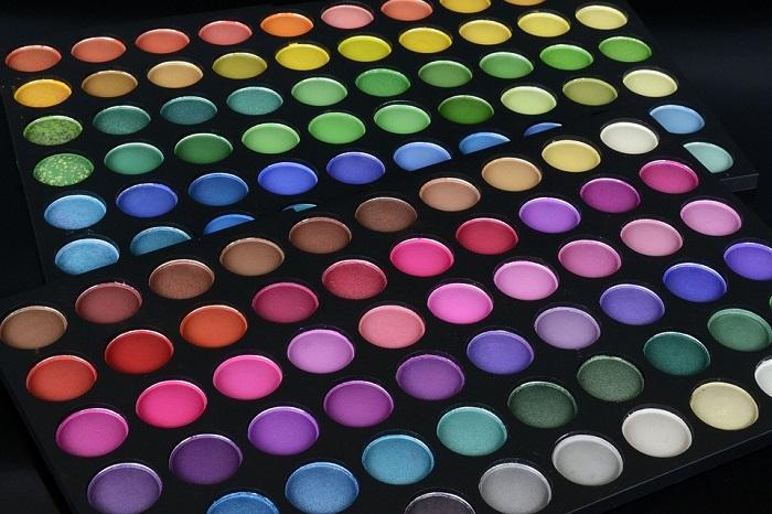 plenty of eye shadow colors