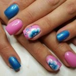 beautiful manicure with flowers pattern