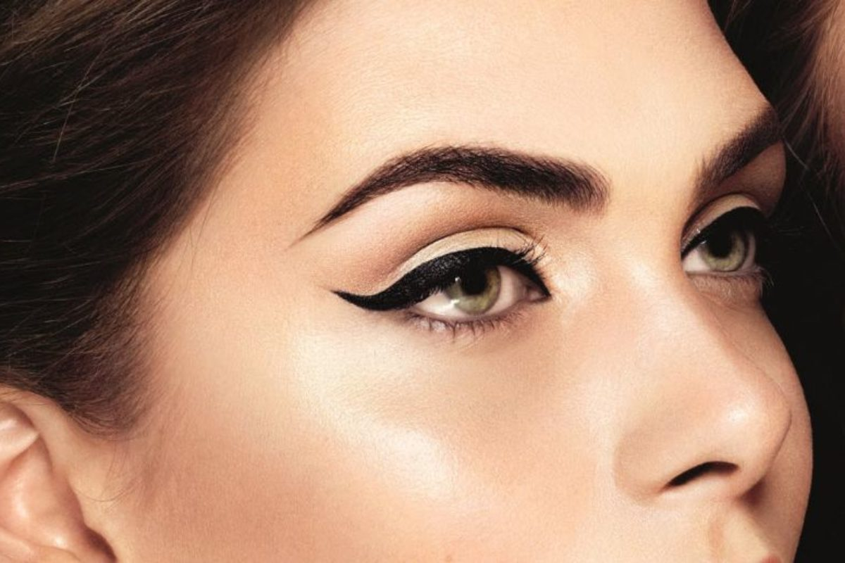 5 Simple Ways to Apply Winged Eyeliner Flawlessly