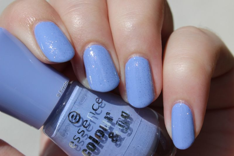 8 Periwinkle Nails Ideas and Designs to Try