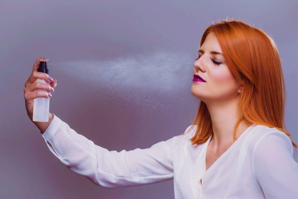 8 DIY Makeup Setting Sprays- To Keep Makeup All Day Long