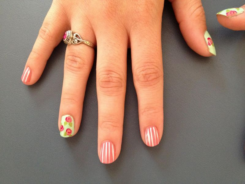 Top 10 Small Nail Designs For People With Short Nails Or Tiny Nailbeds