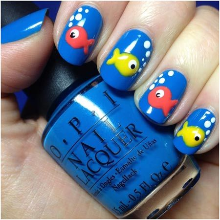 nail design with fish on it