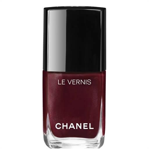 chanel nail polish shade vamp