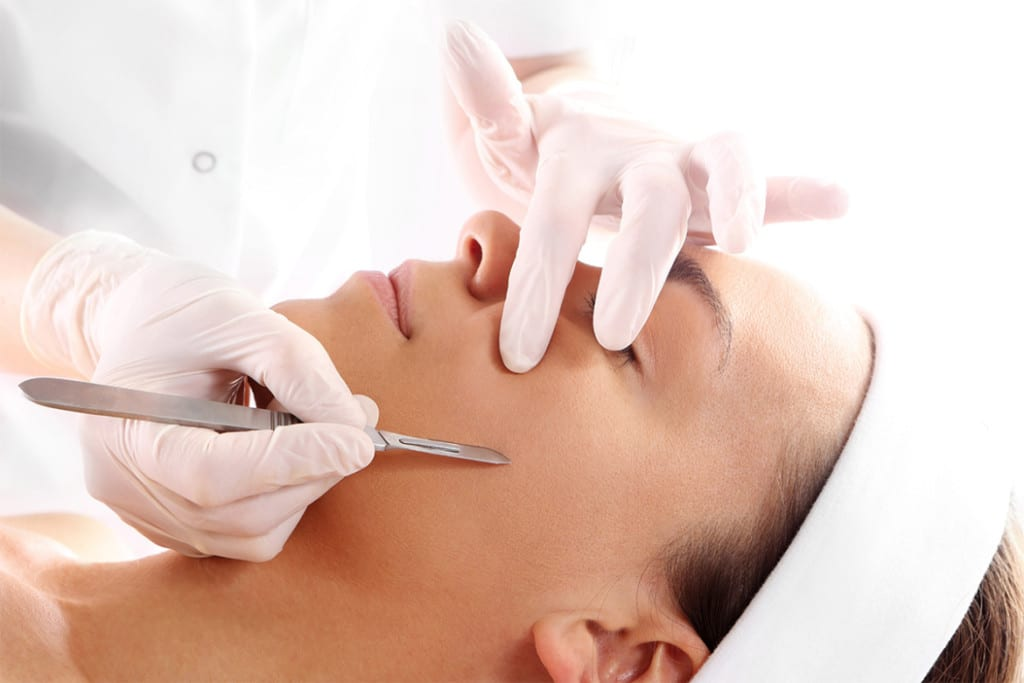 Dermaplaning: A New Anti-Aging Method