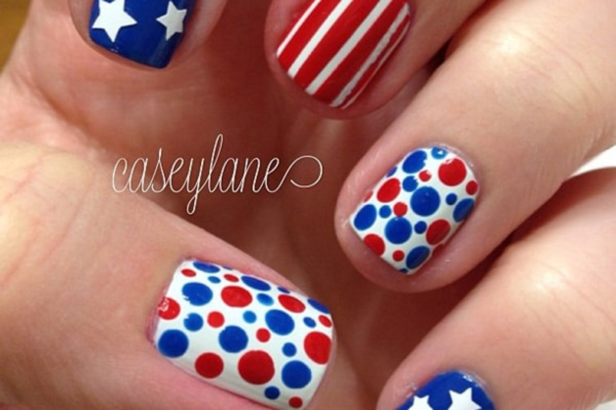 6 Ideas for 4th of July Nails that Will Stand Out