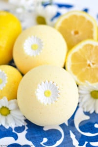 lemon water bath bomb