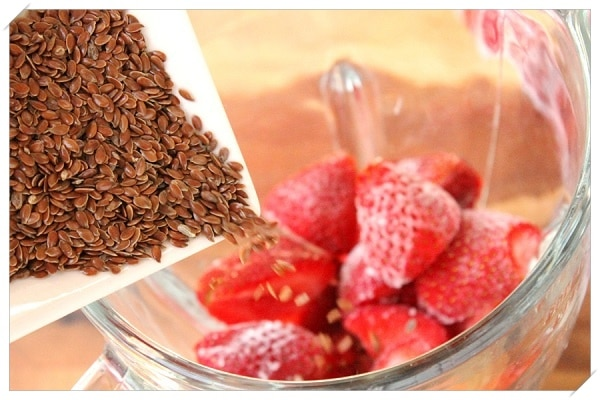 healthy weight loss recipes strawberries flaxseeds smoothie
