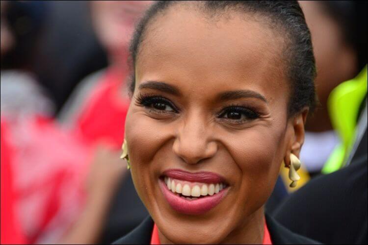 Close up of Kerry Washington smiling