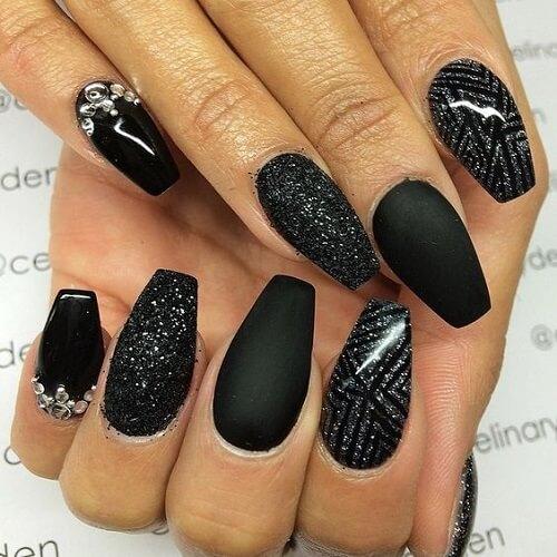 nail designs with diamondsblack mix of textures