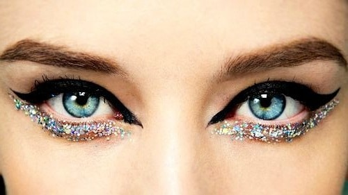 Under eye glitter