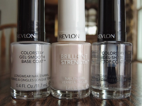 Get The Perfect Streak Free Manicure With These 4 Expert Tips