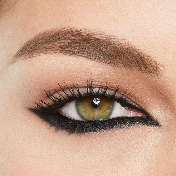 reversed cat eye
