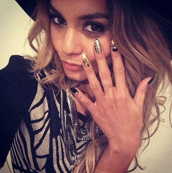 Vanessa Hudgens nail art