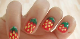 Pretty nail design on shrot nails