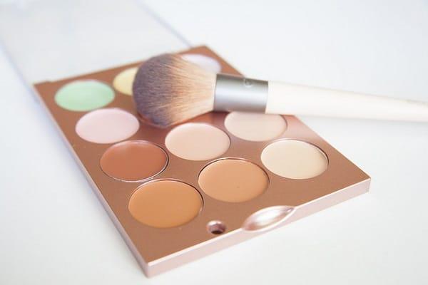 bronzer, corrector and concealer palette