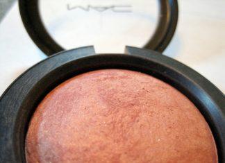 powder bronzer from MAC