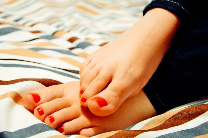 Get Creative With These 3 Summer Nail Designs For Toes
