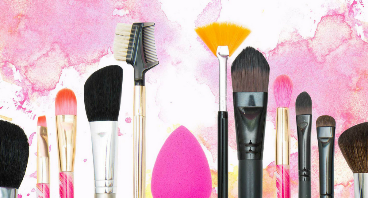Get the Cleanest Makeup Brushes with These Simple DIY Makeup Cleansers