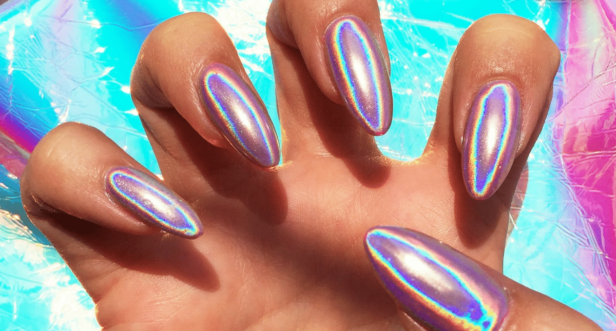 14 Stunning Pictures for Holographic Nail Art Inspiration